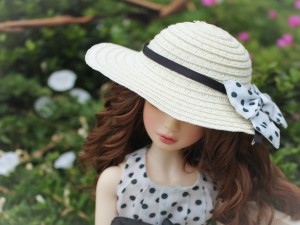 Postal: Barbie con sombrero