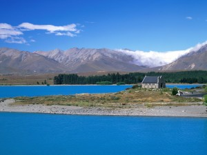 Postal: El lago Tékapo y la Iglesia del Buen Pastor (Nueva Zelanda)