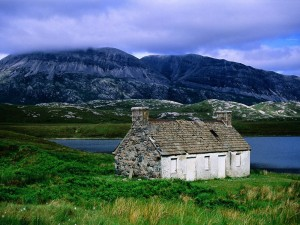 Postal: Casa en la montaña