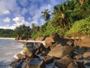 Playa en Takamaka, Seychelles