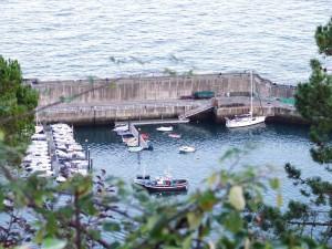 Postal: Puerto en la villa de Lastres (Asturias)