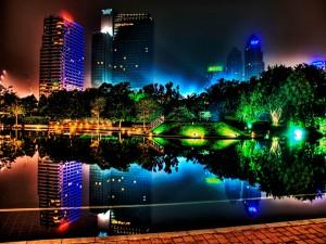 Postal: Luces en el parque de la ciudad
