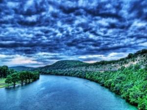 Postal: Río azul
