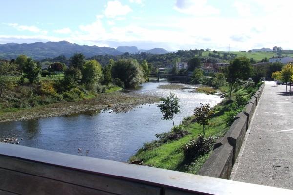 Río Sella en Arriondas (Asturias)