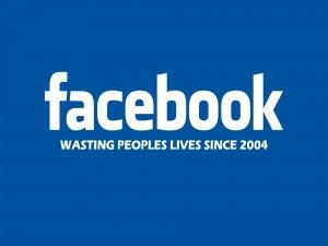 Postal: Facebook, desperdiciando la vida de la gente desde 2004