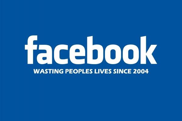 Facebook, desperdiciando la vida de la gente desde 2004