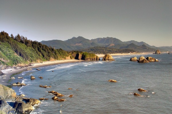 Playa en Cannon Beach, Oregón