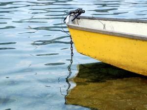 Postal: Barca amarilla