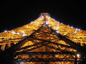 Postal: Luces en la Torre Eiffel