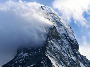 Típicas nubes orográficas en el Cervino