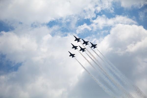 Aviones en el cielo