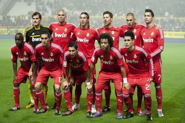 El Real Madrid de rojo