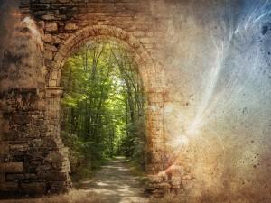 Postal: Arco de piedra hacia la naturaleza