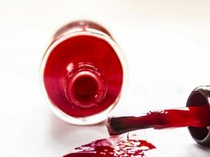 Postal: Barniz de uñas rojo
