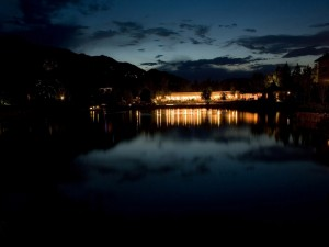 Postal: Luces en la oscuridad