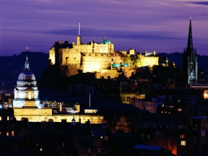 Postal: Noche en Edimburgo