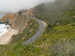 Postal: Carretera junto al mar