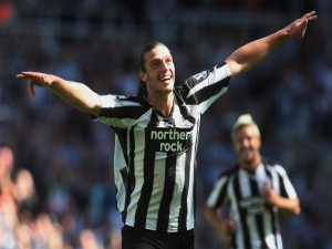 Postal: Andy Carroll jugando para Newcastle United