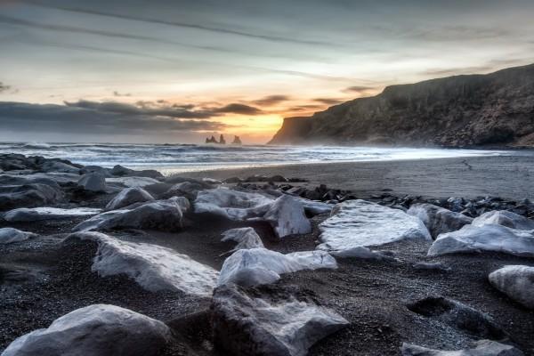 Rocas a orillas del mar