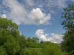 Cielo con nubes en el campo
