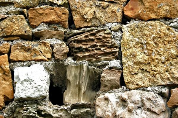 Piedras en una pared