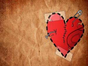 Postal: Corazón roto y emparchado