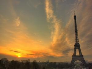 Postal: Atardecer en París