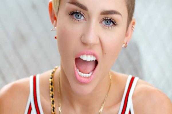 La cantante y actriz Miley Cyrus