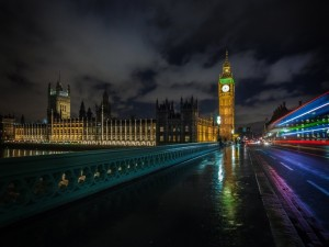 Postal: Big Ben en la oscuridad de la noche