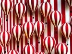Globos rayados blancos y rojos