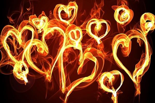 Corazones con fuego