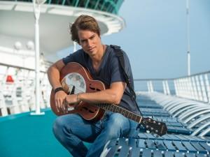 Postal: Carlos Baute con la guitarra