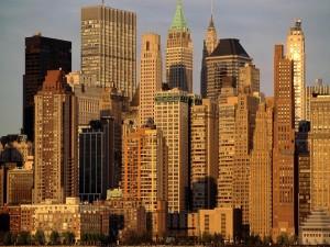 Postal: Grandes rascacielos en la ciudad