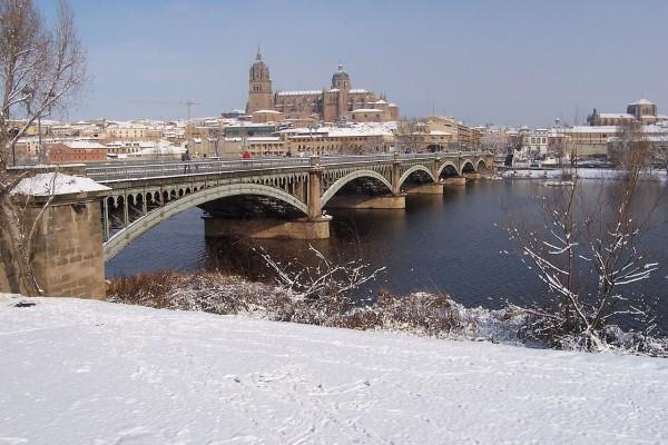 Puente Enrique Estevan sobre el río Tormes, Salamanca