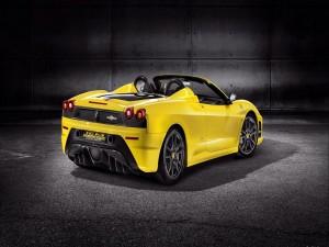 Postal: Ferrari Scuderia Spider 16M