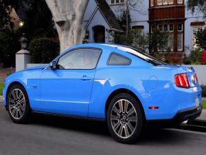 Mustang GT azul