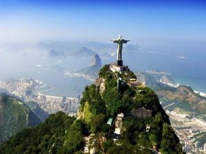 Postal: Hermosa vista del Cristo de Corcovado