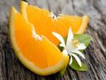 Flor y naranjas