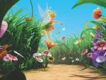 Campanita en un campo lleno de flores con su varita mágica