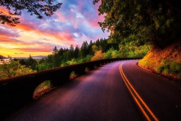 Precioso paisaje visto desde la carretera