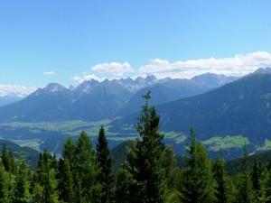 Postal: Mirando las montañas