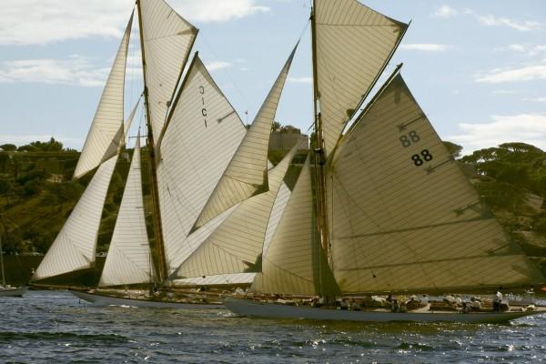 Barcos en la regata
