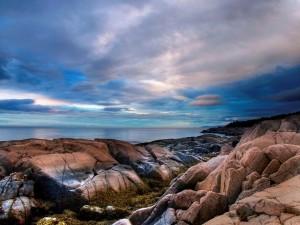 Postal: Rocas junto al mar
