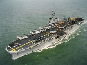 Foto aérea del portaaviones