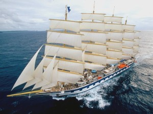 Gran velero navegando
