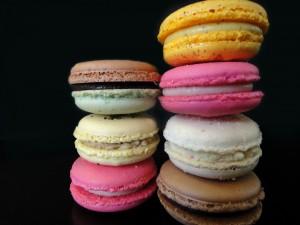 Postal: Macarons de colores y diferentes sabores