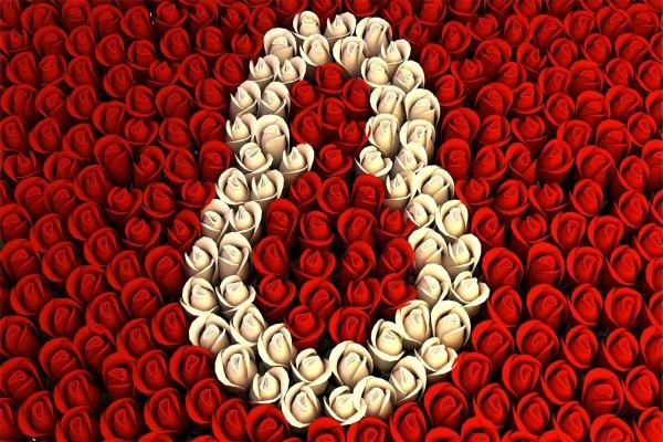 8 de Marzo, rosas blancas y rojas