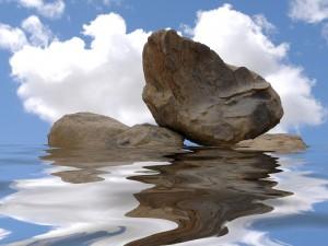 Grandes piedras y agua