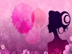 Flores y el perfil de una mujer