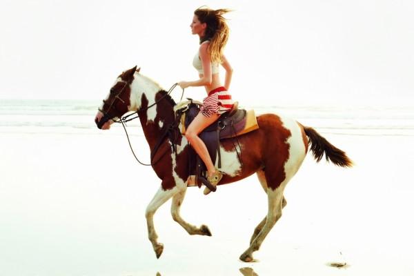 A caballo por la playa